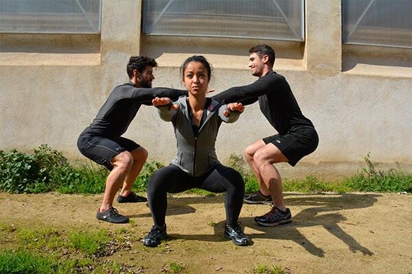 cómo-hacer-sentadillas ejercicios para piernas en casa