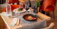 como-seguir-la-dieta-cetogenica-fuera-de-casa-en-restaurante