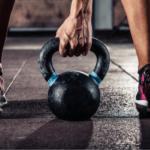 Mejores ejercicios con kettlebells o pesas rusas